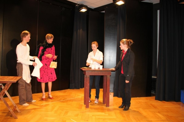 theater2011_08